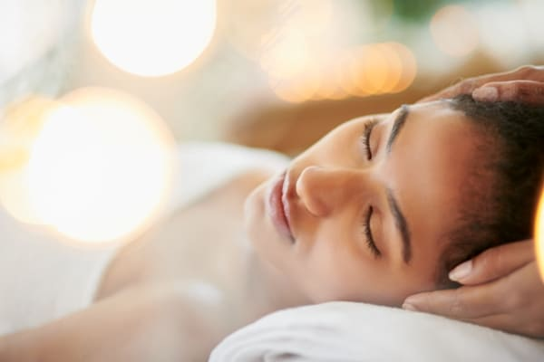Massage cranien relaxant massage visage bien-etre relaxation soin energetique spa Calm Inspirations Villeneuve d ascq marquette lez lille wambrechies marcq en baroeul